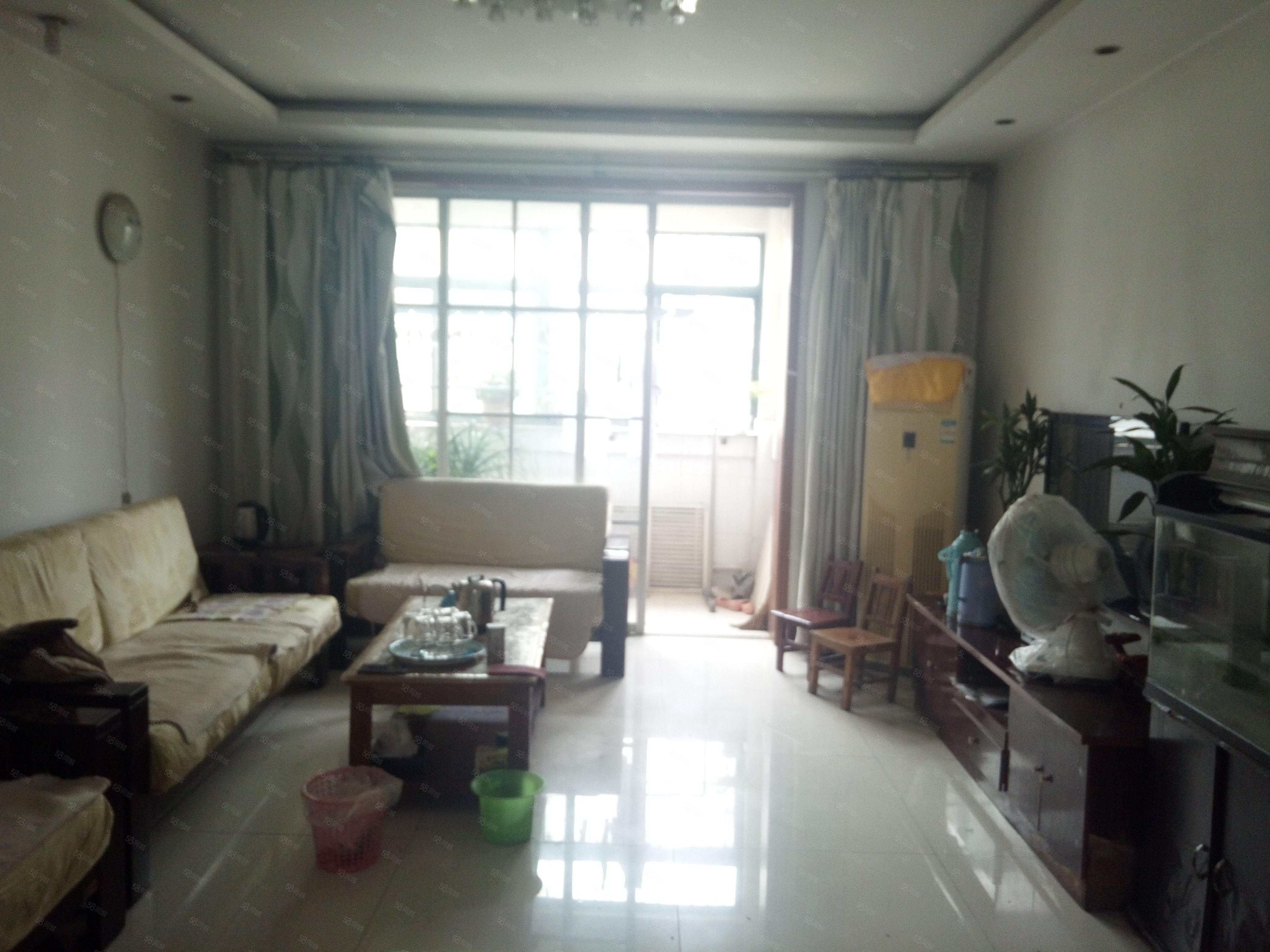 新出房源好地段同济花苑大二室多层二楼证两年省过户费