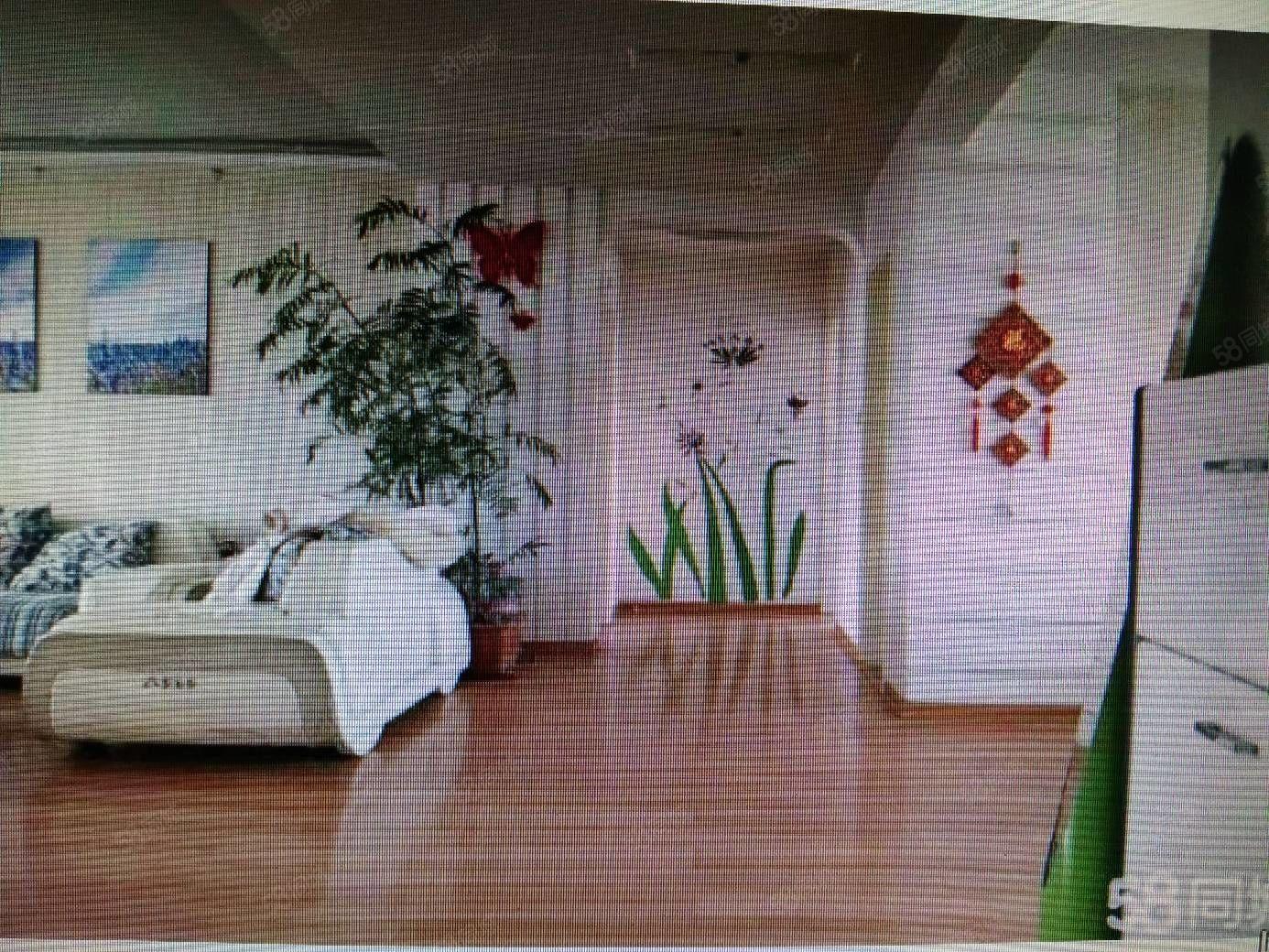 利津鑫鑫花园152平米1楼东户4卧,带车库,精装修,能贷款