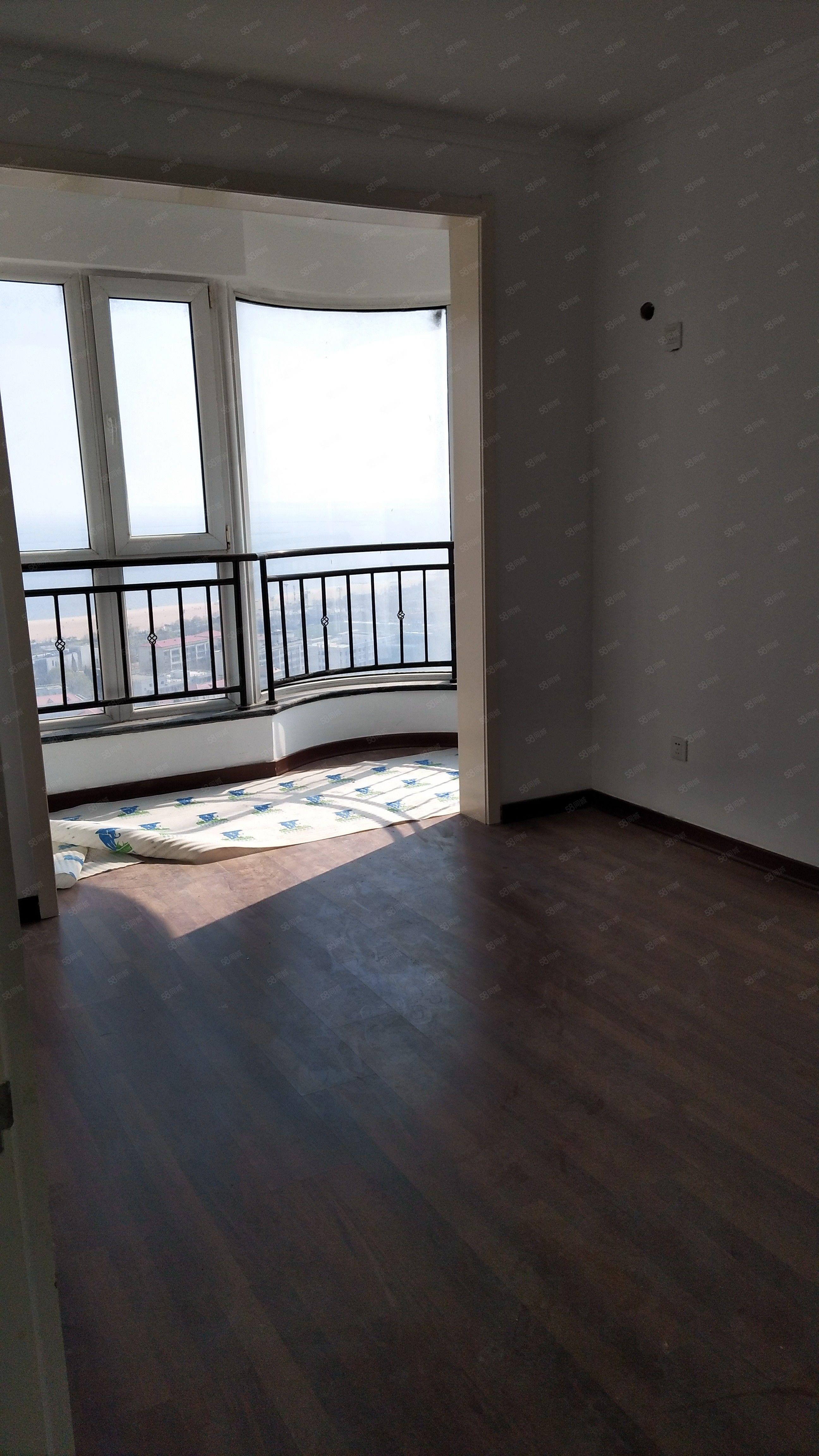 阳光水岸七中海景房精装修老本116万通透户型