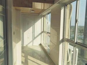 城东香榭丽花园新装未住超大三房阳台三室朝阳