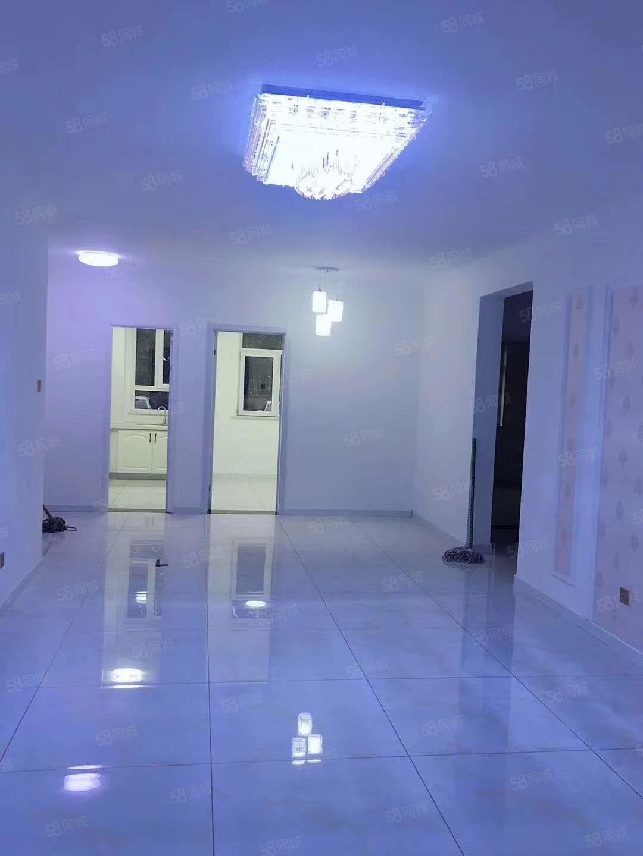 卢龙牌楼街经典户型有大下房仅售价53万