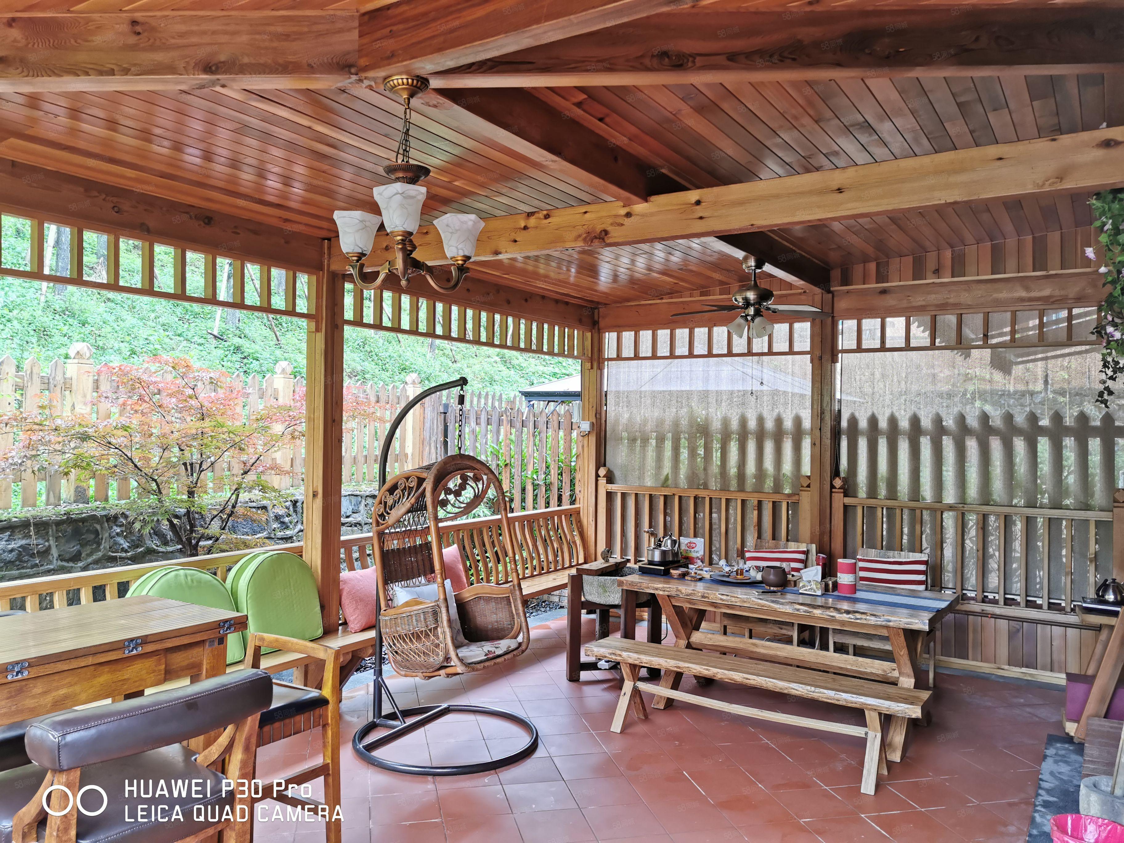 四期垫高一楼正两室两厅带大花园(100平方)精装修高品质!