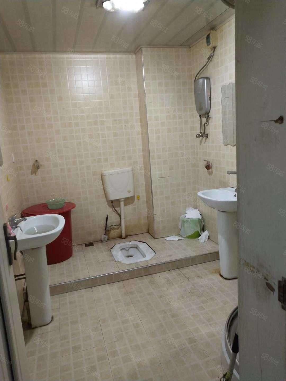 经营多年的旅店客源稳定整个房间都在一楼诚心出兑
