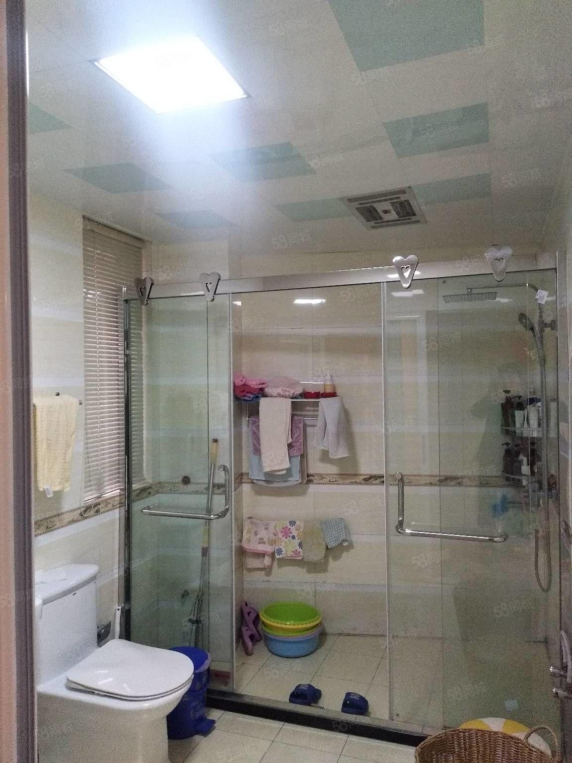 建安小区2楼3室1厅1卫100平精装潢年租金1.8万