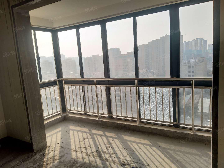 滨江四期11+12复试,落地大阳台,稀缺好户型都确权可贷款