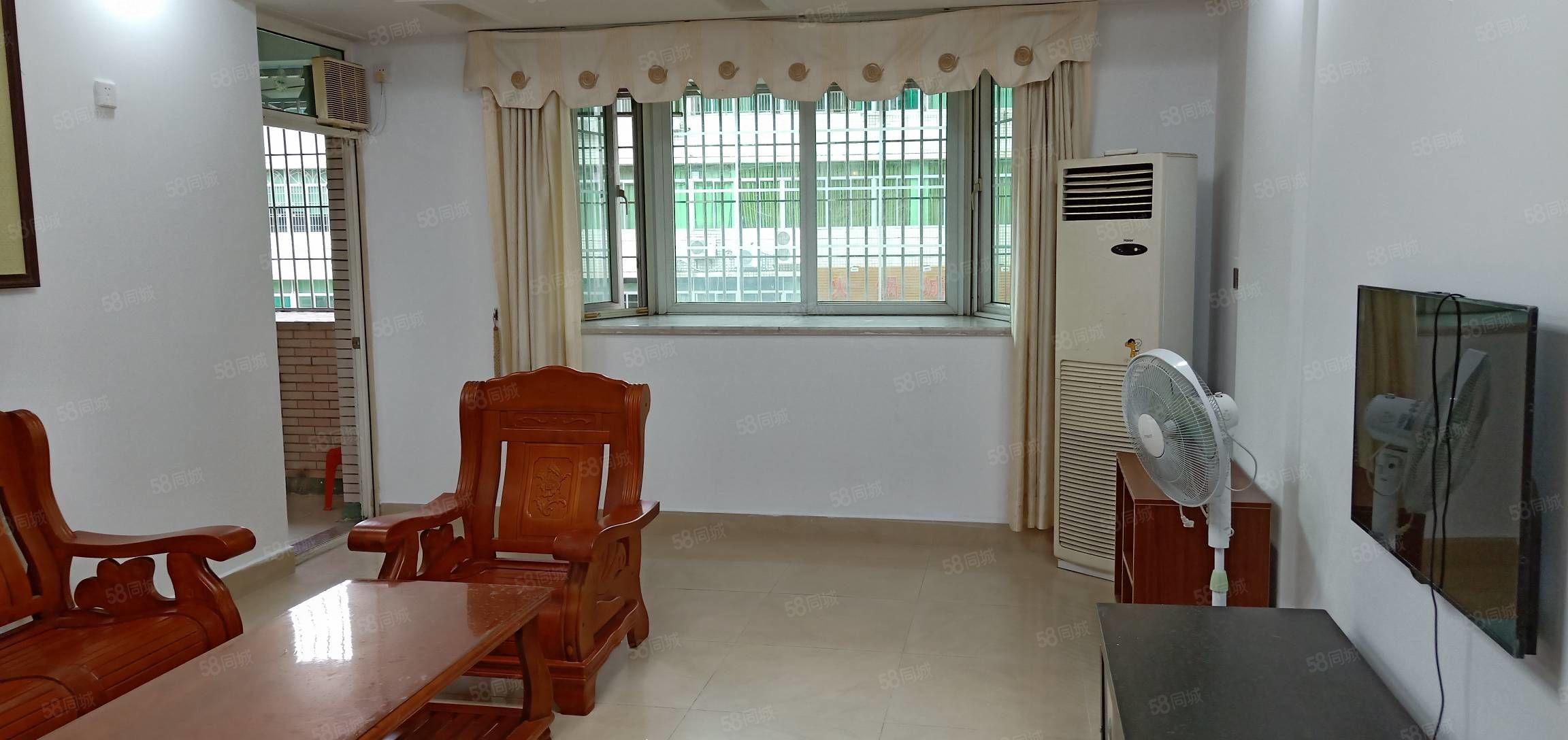 鴻都小學學位房可按揭江南鴻都花三樓二房二廳二衛55.8萬元