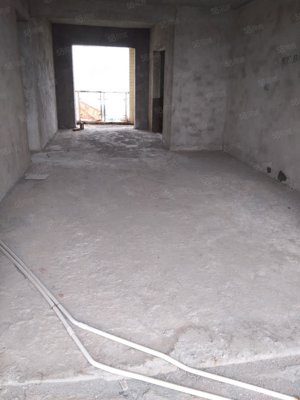 体育新居毛坯电梯房2房可改3房中间楼层南北通透