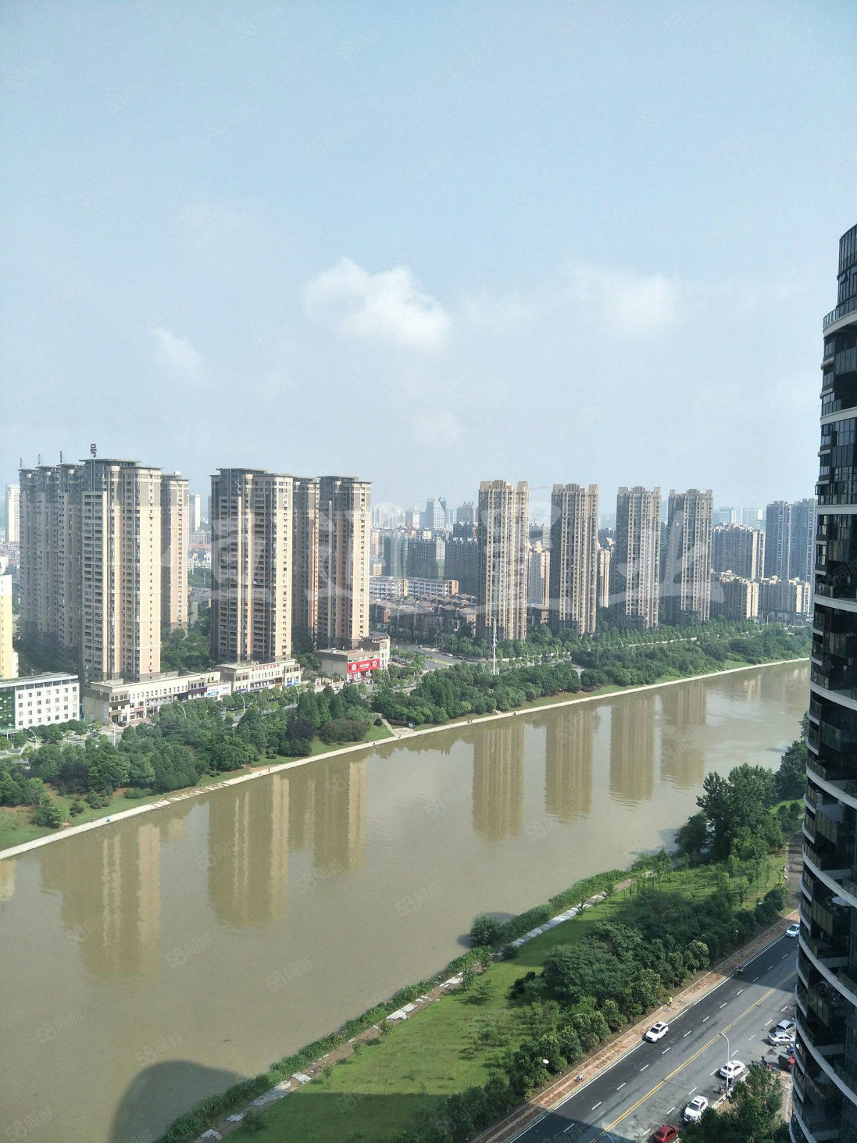 萬達附近繁華之地金悅灣無敵景觀房全明戶型使用面積大5陽臺