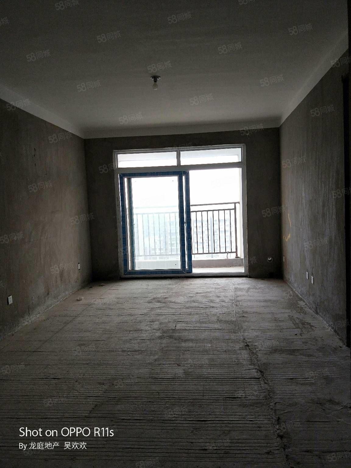 急售七彩城31楼中户91平方总高34层,一口价47万