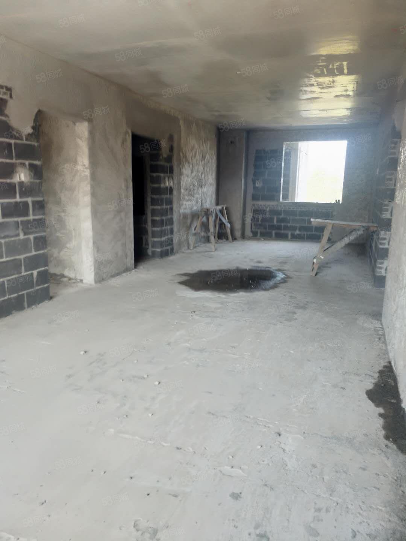 大禹城邦江景21楼一手房可贷款超低价位不容错过3室2厅2卫