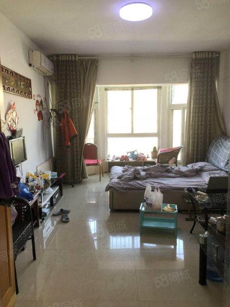 八完小二十二中旁香格里拉简装大产权公寓低楼层仅此一套