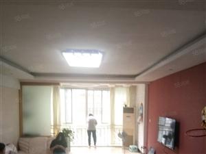 玫瑰园精装修3室2厅带车库,中楼层,130平白菜价,拎包入住