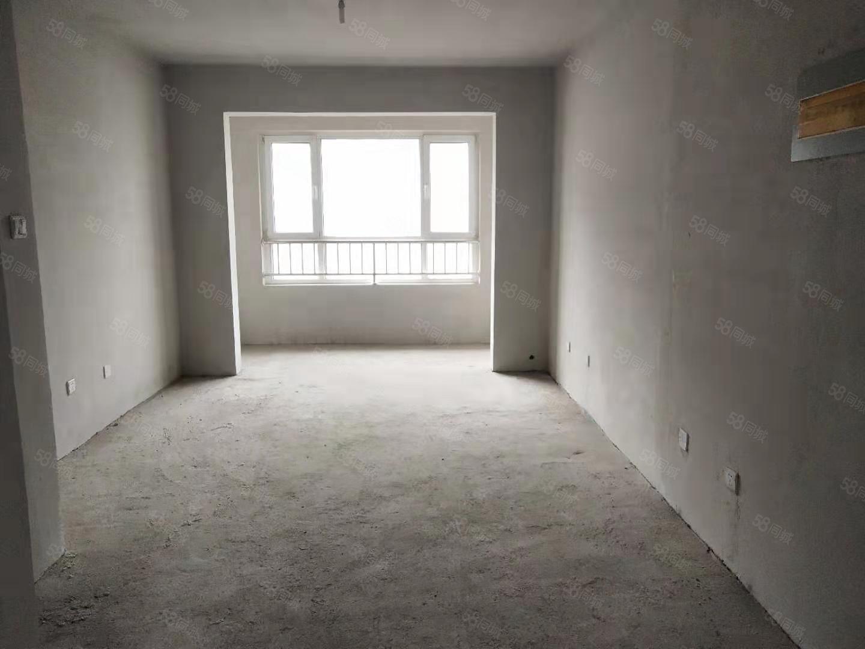 金山壹號,兩室91平有不動產證50萬。