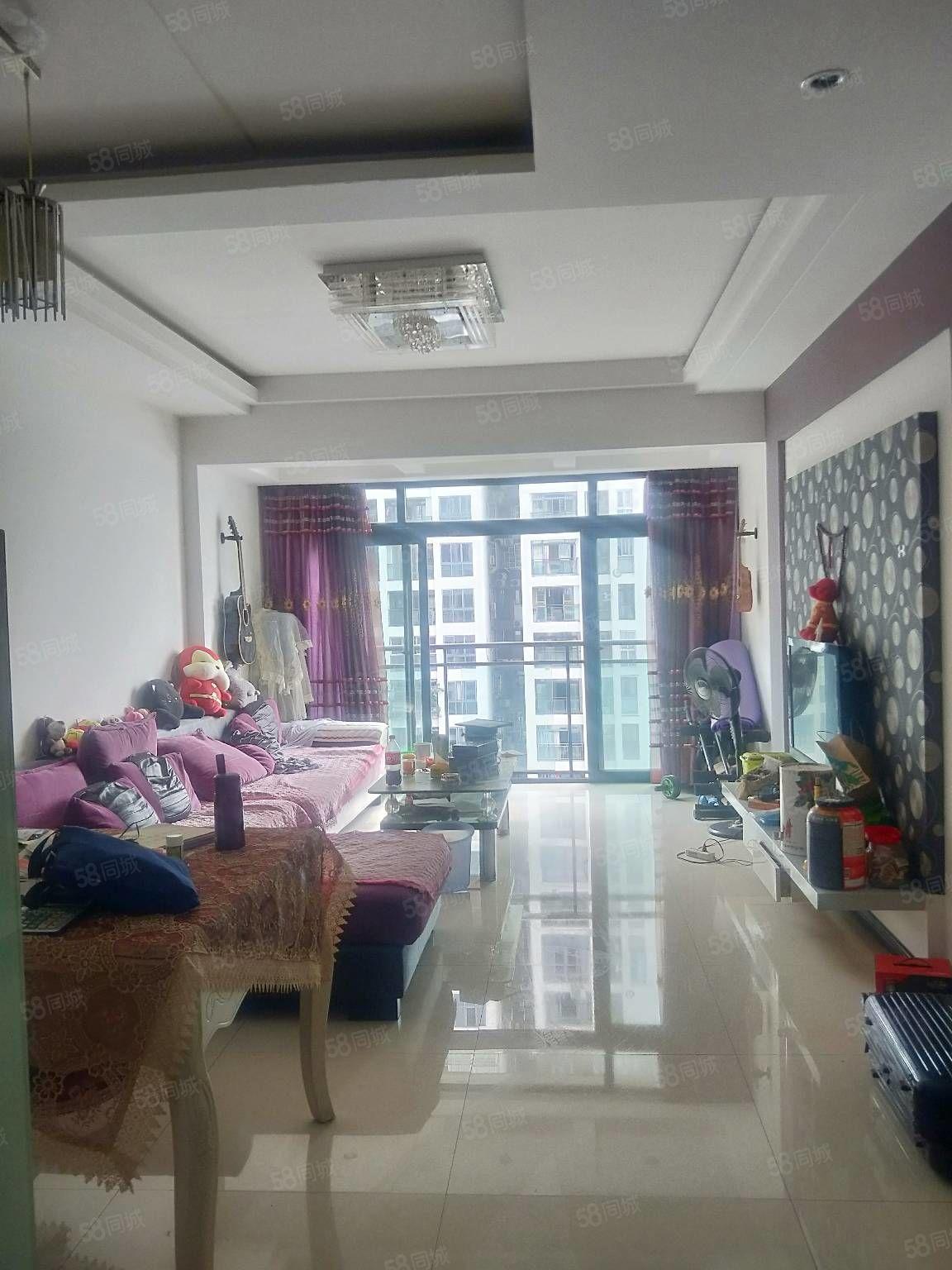 香江豪庭套内面积120m价只要76.8万看上水