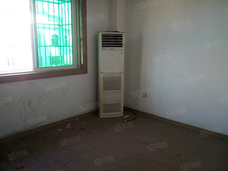 米兰大厦电梯房简单装修四中片区房(编号504在8楼)