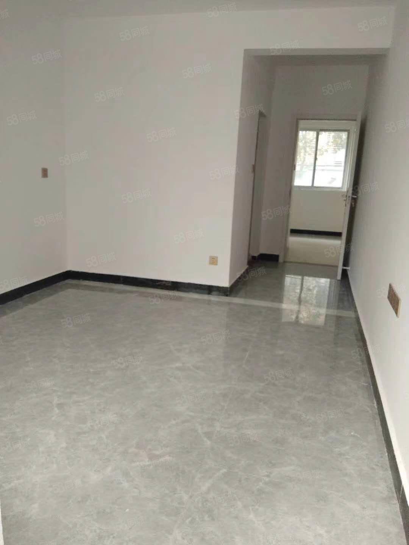 桃花岛一室一厅精装修老人房仅售15.8万