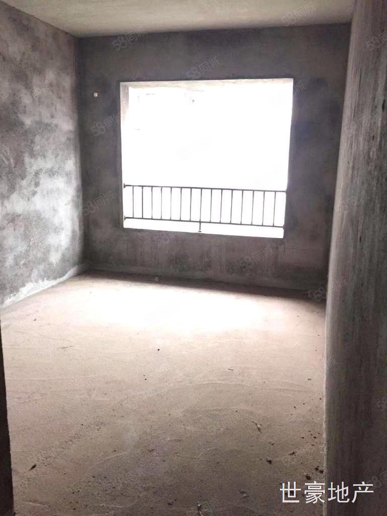 古蔺一品上城,三室两厅两卫,电梯房,户型好