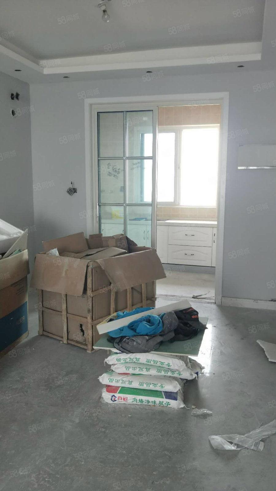 急售,碧桂园164平4房2厅3卫,精装现房,随时过户,非诚勿