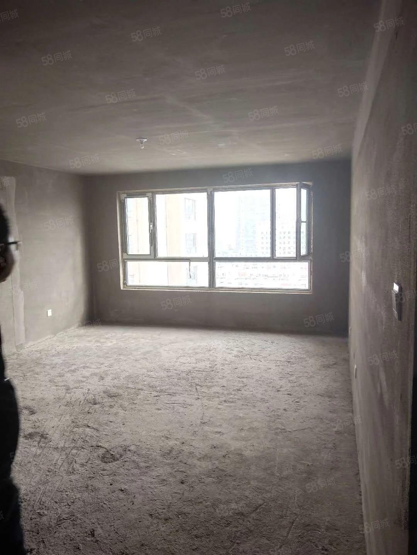 售万意豪门13楼,保二四中双学驱,格局非常好,位置好,价格低