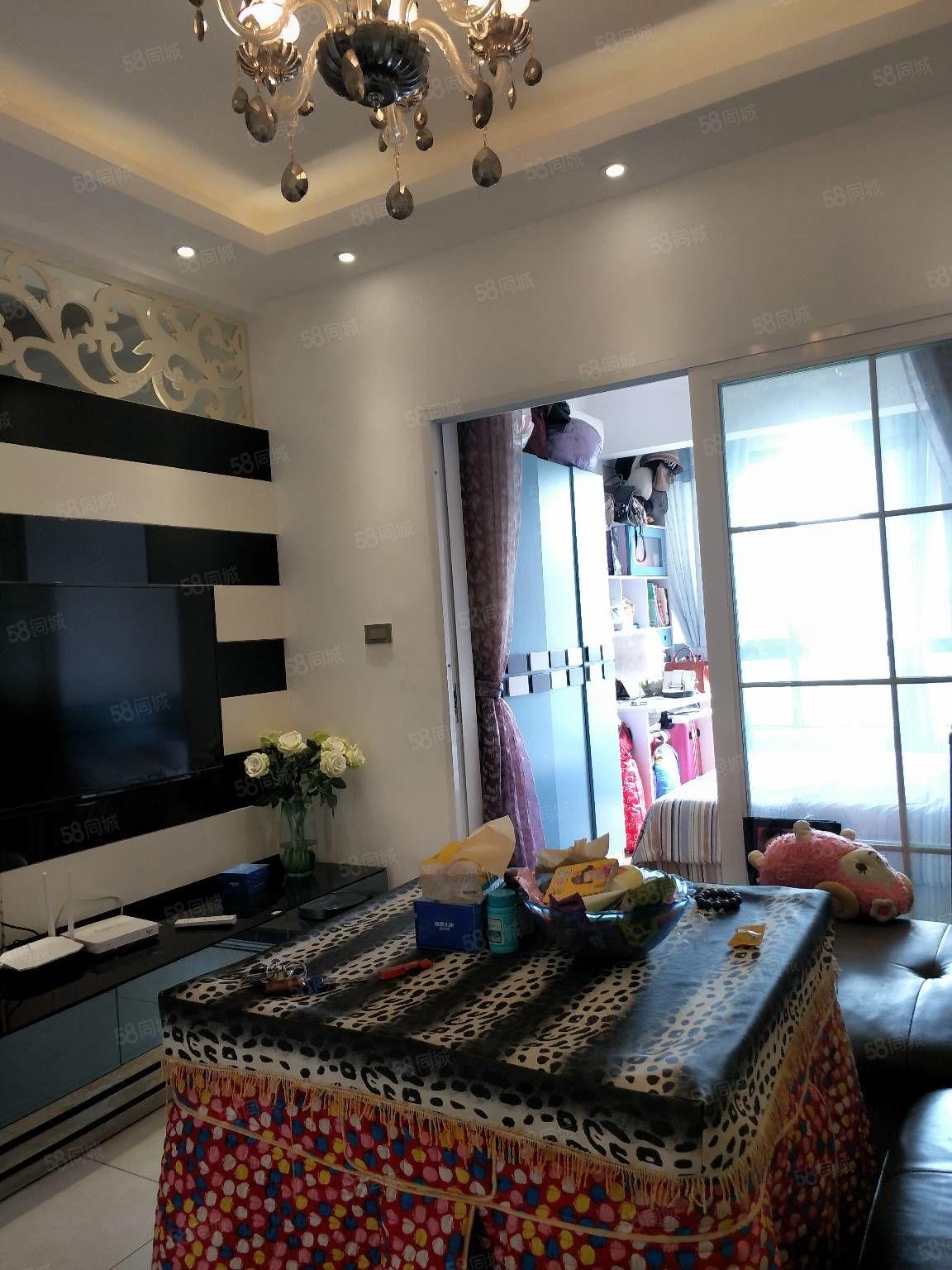 锦江广场旁锦江国际电梯房急售,2居室精装修关门卖