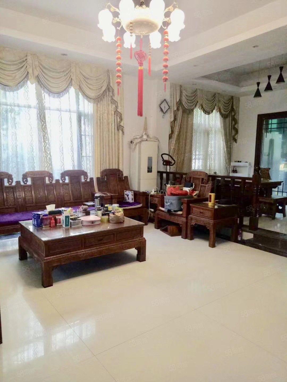 碧桂园凤凰城云林水岸别墅大花园210方送家私家电售188万