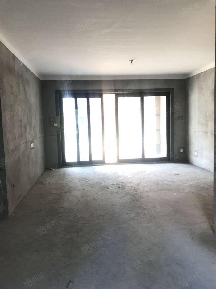 急卖碧桂园一楼带三面院子100平户型通透采光极好看房方便