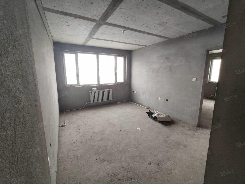 沈鐵東方瑞景電梯6樓好房!可貸款南北通透東明廳