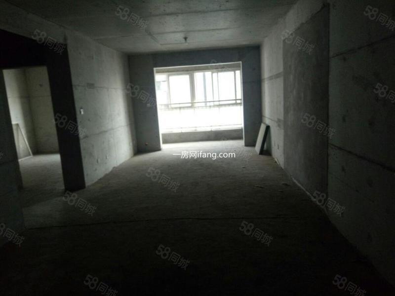 市中心人民路永大观邸毛坯两室中间楼层可随意装修
