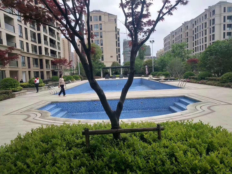 绿城澜园,高品质小区,小区绿化高,采光好,楼间距大