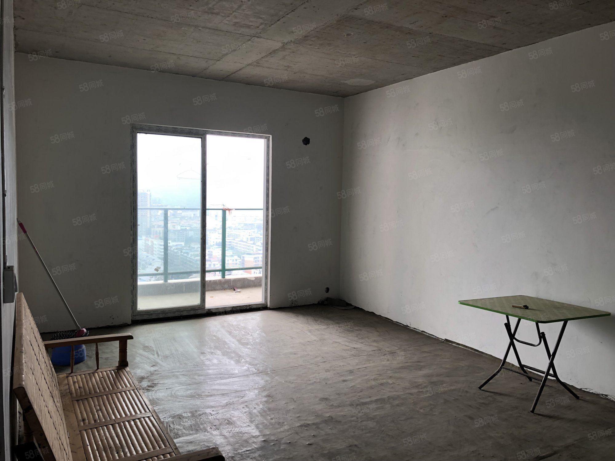 泸县城中心朝阳锦华城旁凤凰居电梯三房简装送入户单价只要4千多