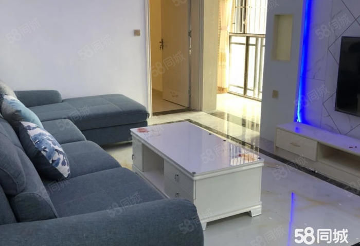 锦绣国际城对面锦绣阁精装3房地处繁华地段业主诚心出售