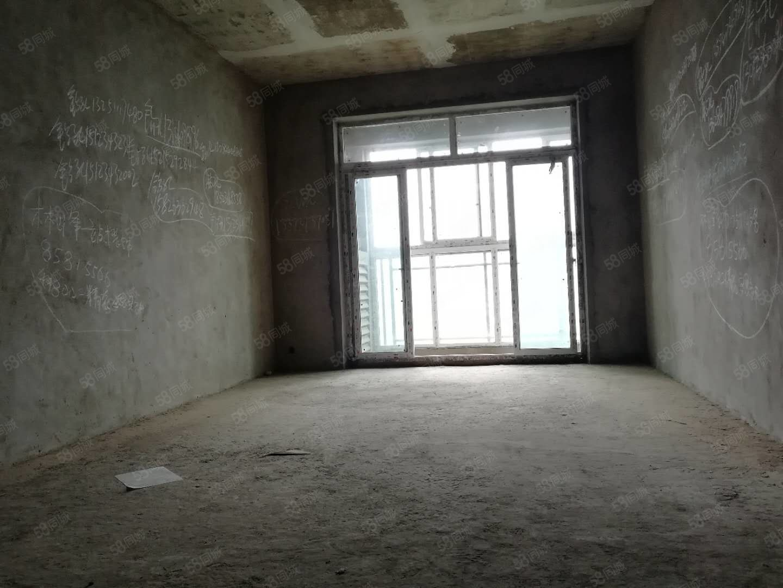 香山国际清水大3室,视野开阔,户型方正,采光极好