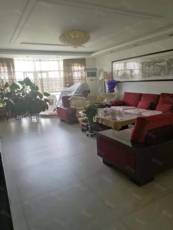 明珠御园3楼,180平,两个地下室,精装修,车库25平