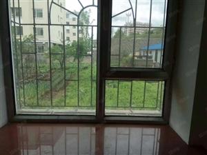 红城煤校附近1楼56平简单装修前后有菜园8万急卖可按揭贷款.