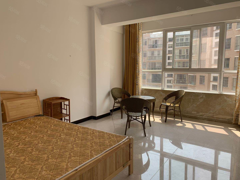 学苑花园南部小区内精装全新拎包公寓!随时看!安静安全