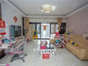 高档品质小区中间楼层精装修江景房业主诚心出售