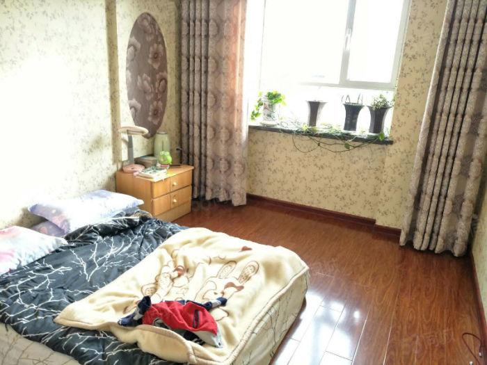 东文化街附近好房出售精装修地暖房可拎包入住