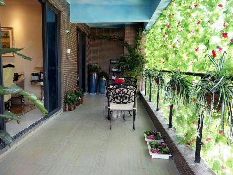 CD1657汇景新城,6楼/9楼顶,138平方,3房2厅2卫