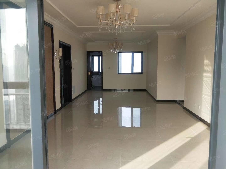 只限今晚特价恒大棕榈岛五楼四室精装现房112.5万