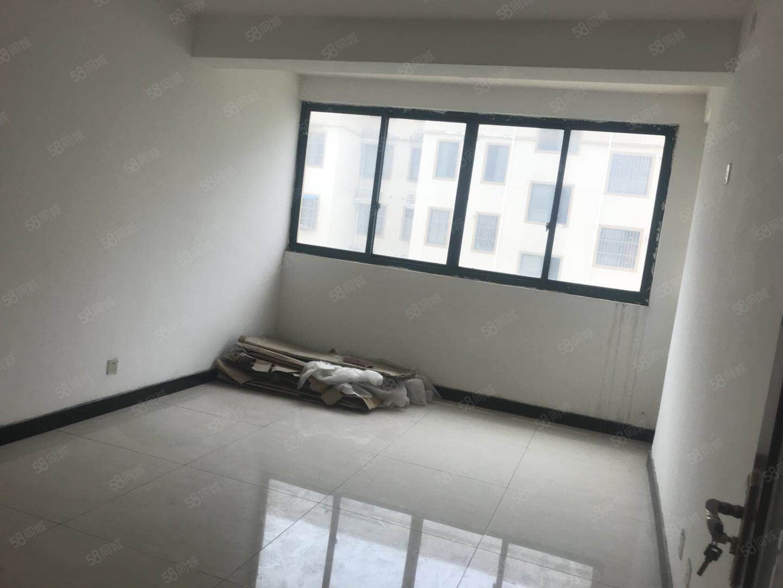 森海豪庭,简装两房,手续齐全,超值价出售