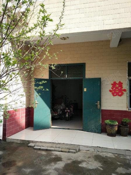人民路家家附近独院位置优越可租可售