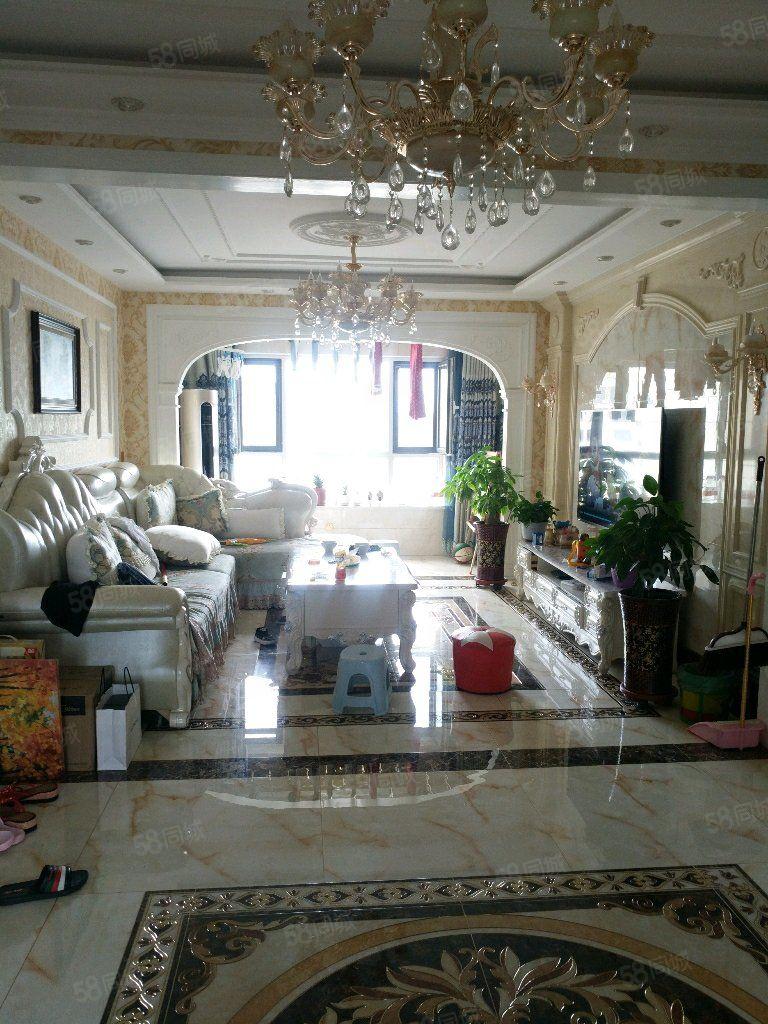 星泓帝景有房出售,120平米,3室2廳1衛,精裝修,可按揭