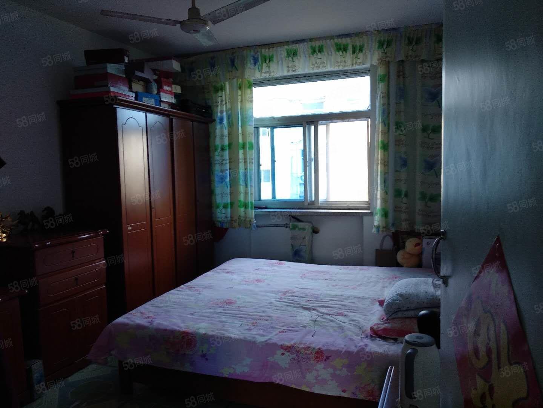 采油小区2室1厅采光充足视野开阔楼层好位置佳不是顶楼