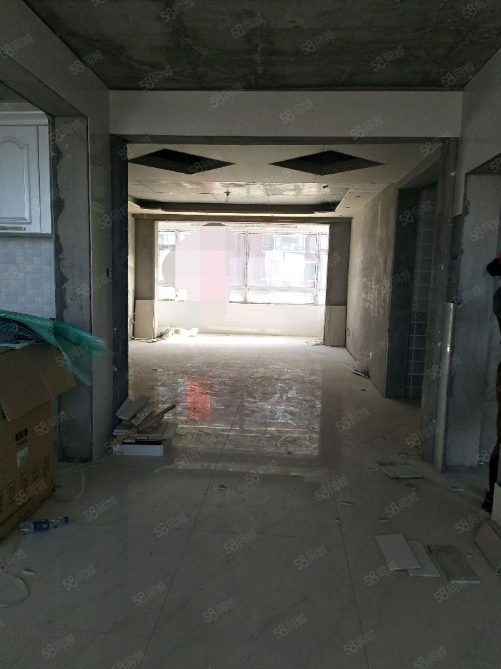 一小四中附近,電梯4樓133平45萬,三室,辦裝修,可貸款