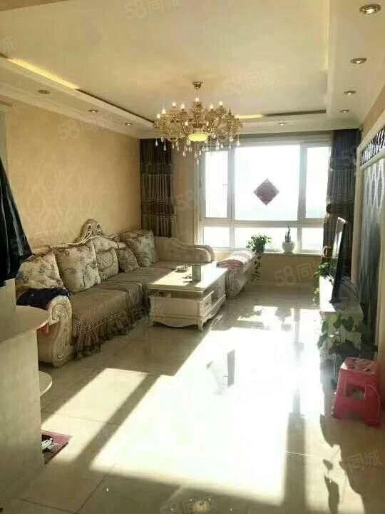 春佳经典新城步梯3楼两室一厅精装修拎包入住观景房