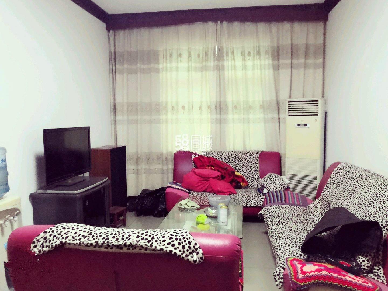 怡宝社区2室2厅1卫