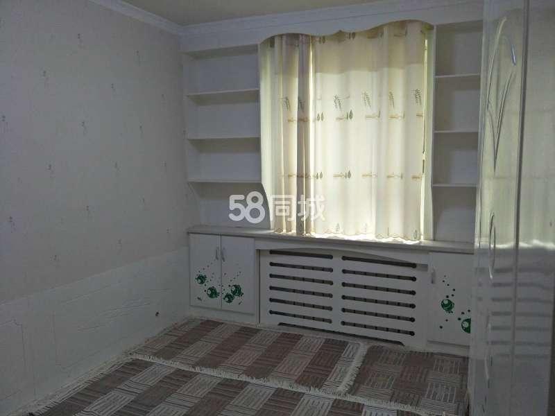 新井子路2室2厅1卫