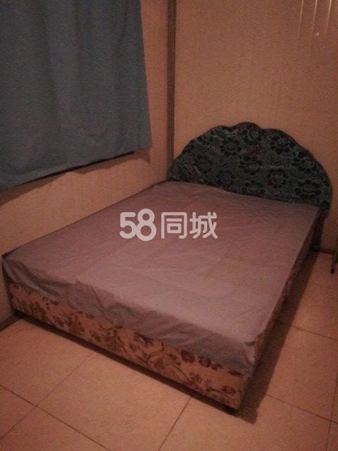 汤阴县政通路南十六巷l号院1室0厅1卫