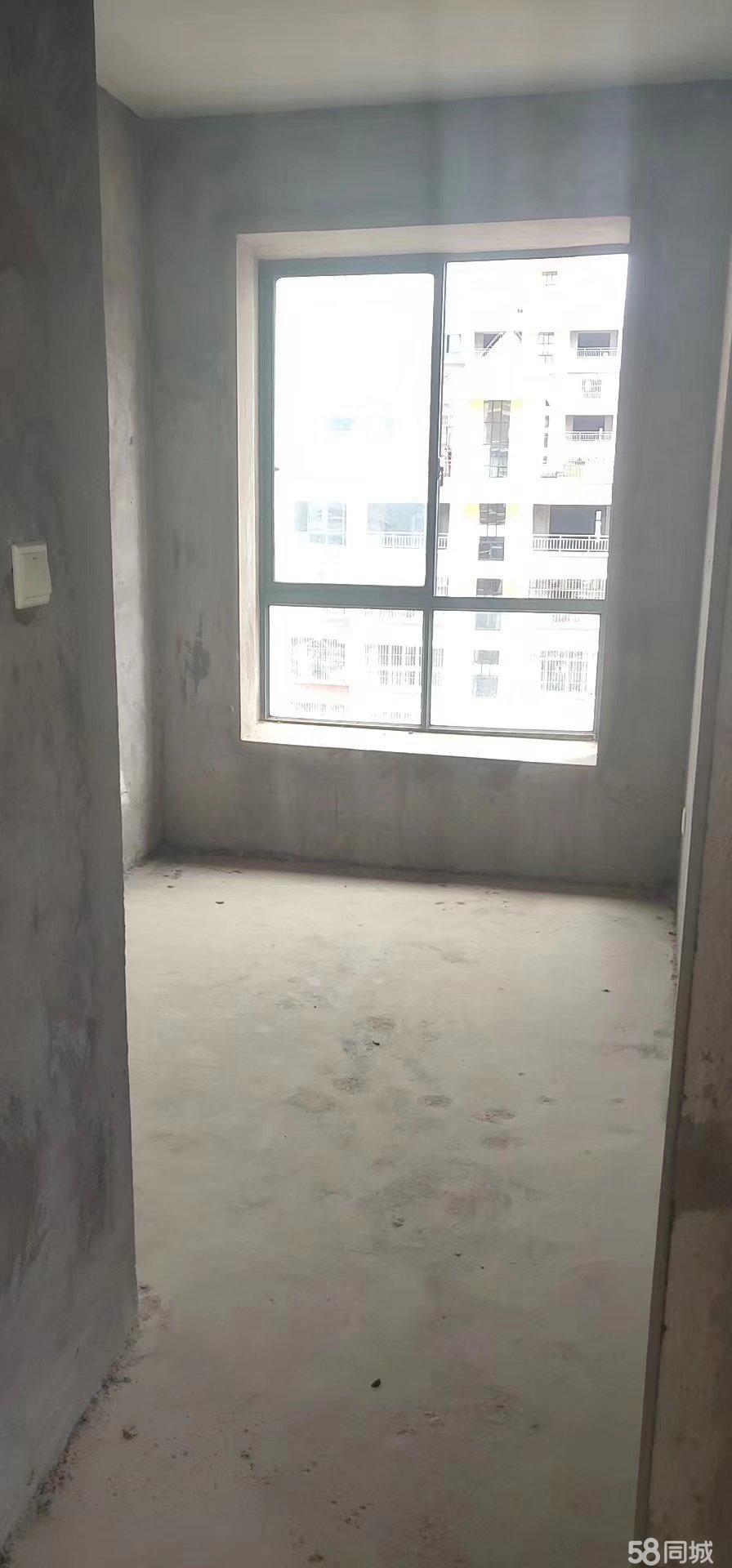 财富新城江景房出售。