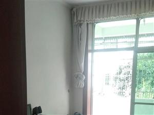 澳门星际网站:新华北路,楼层佳,3室1厅1卫1厨1阳台,120平